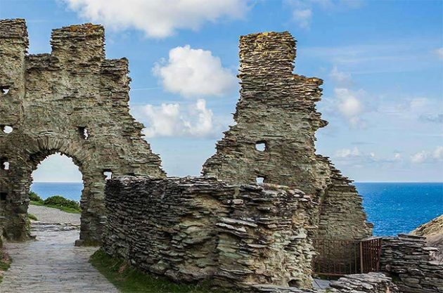 'King Arthur's castle' hosted feasts of wine and oysters