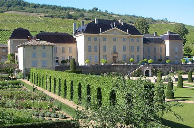 Large Beaujolais estate sold after three centuries in same family