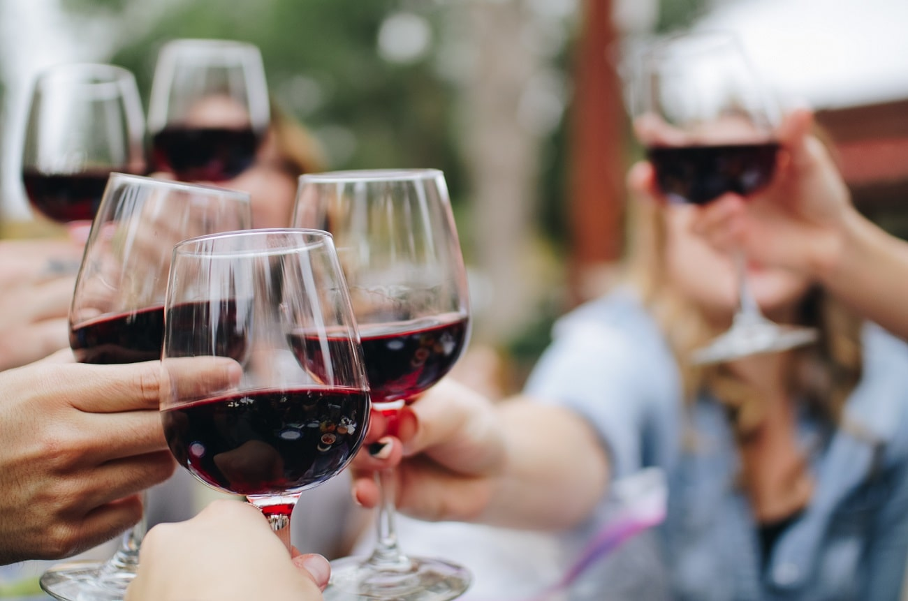 Why scientists are studying sommeliers' brains