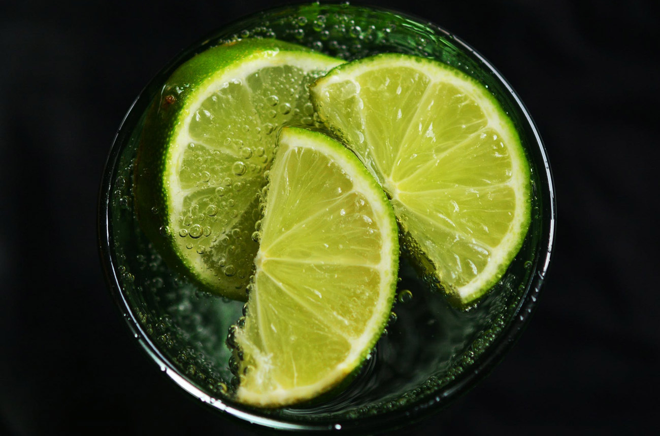 Black Friday deals on fruit-flavoured gins