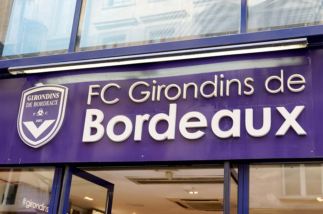 Latour owner urges grands crus owners to save Bordeaux football club