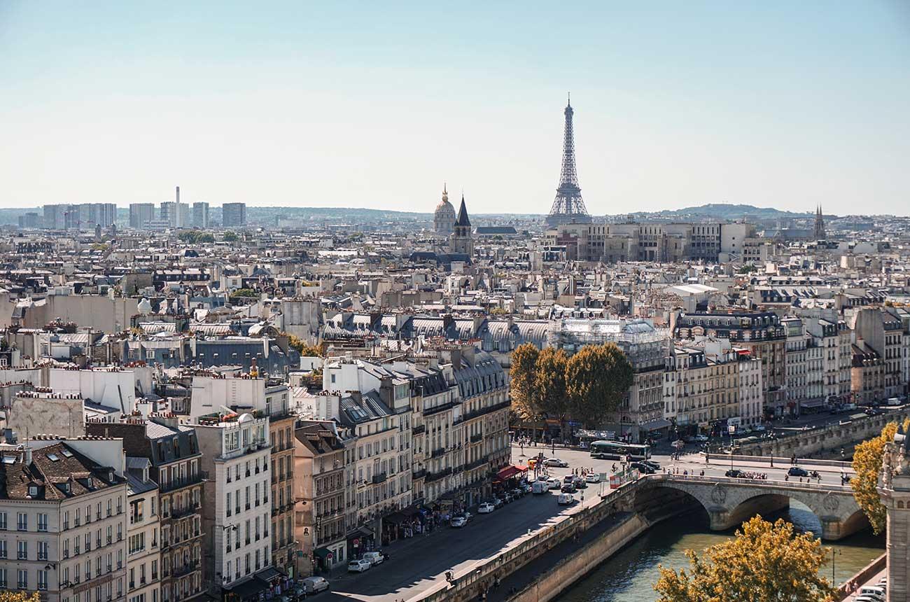 Paris police probe 'clandestine' luxury dinner parties claim