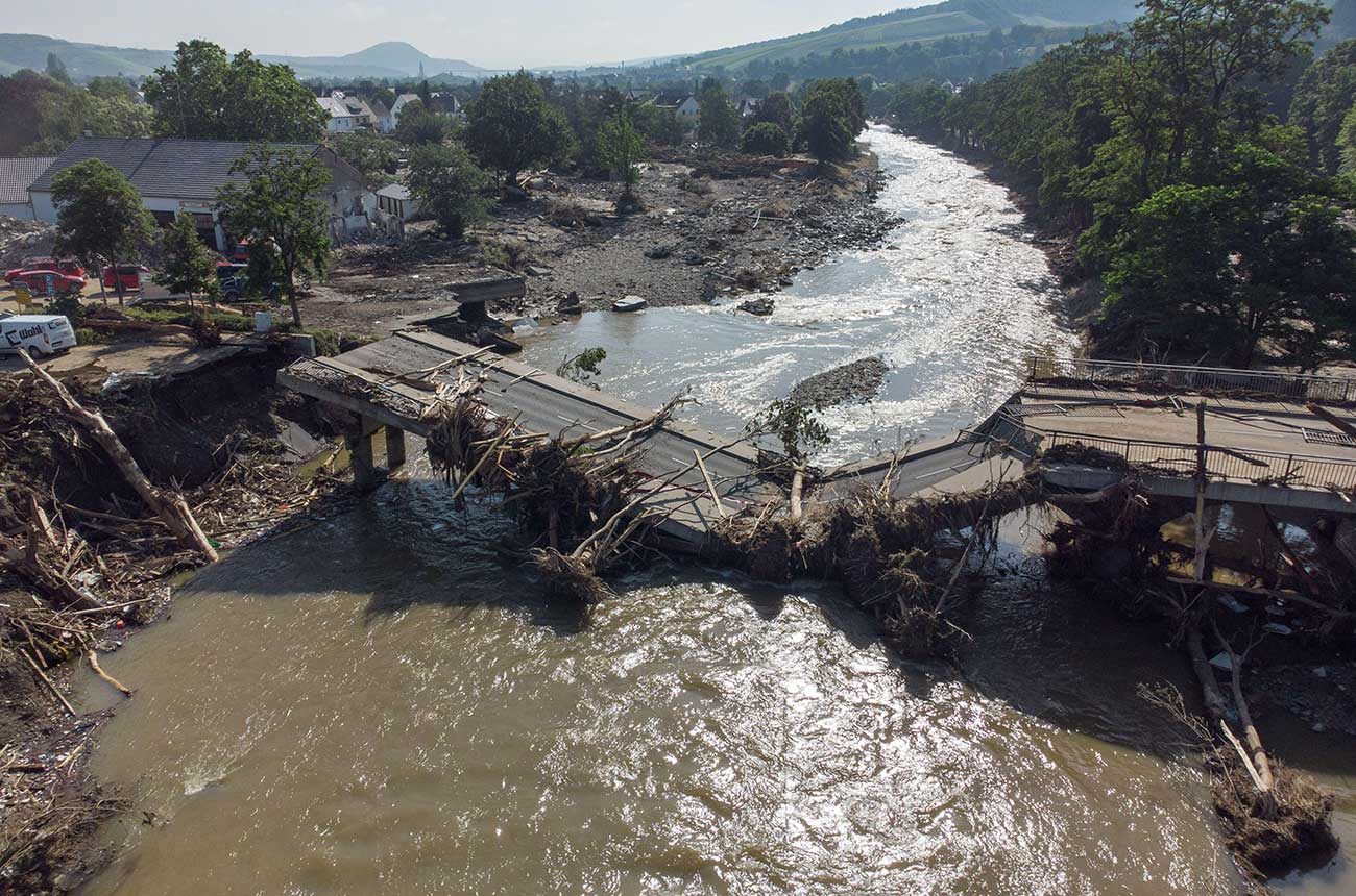'Terrifying' Europe floods hit Germany's Ahr Valley wine area